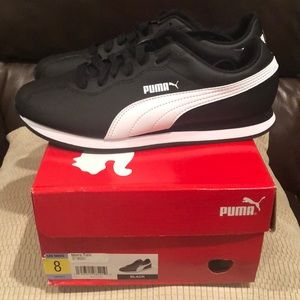 Brand new in box men's Puma Tennis Shoes